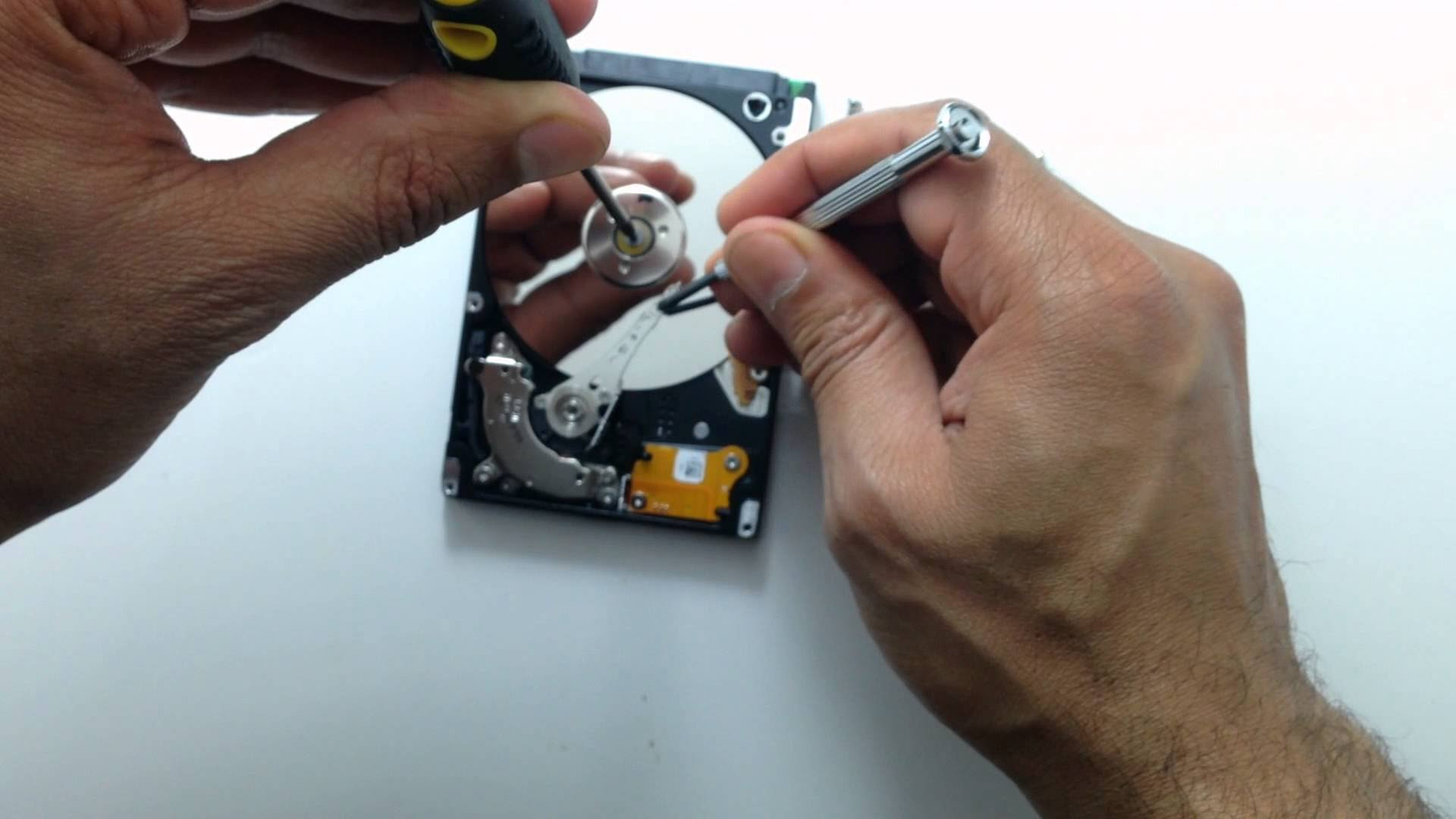 How to Recover a Dead Hard Disk